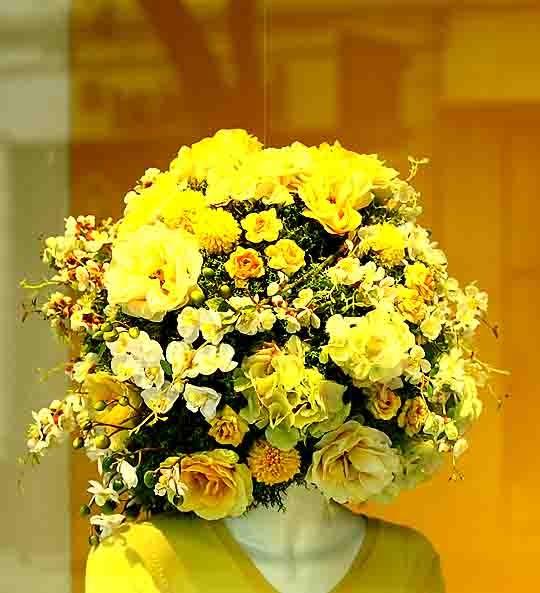 blog - 0314 - elle en jaune.jpg