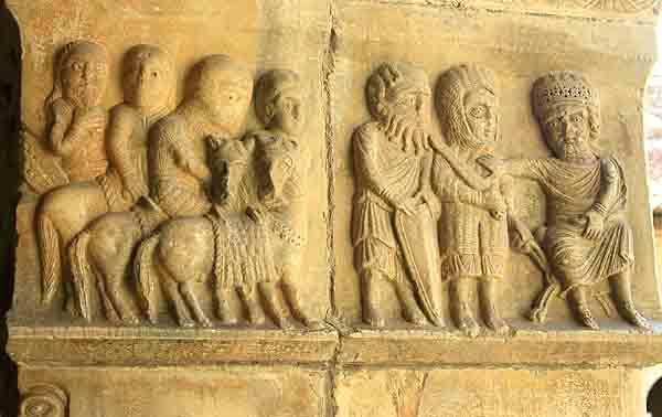 Elne - les Mages chez Hérode - galerie est début 14ème - 0894.jpg