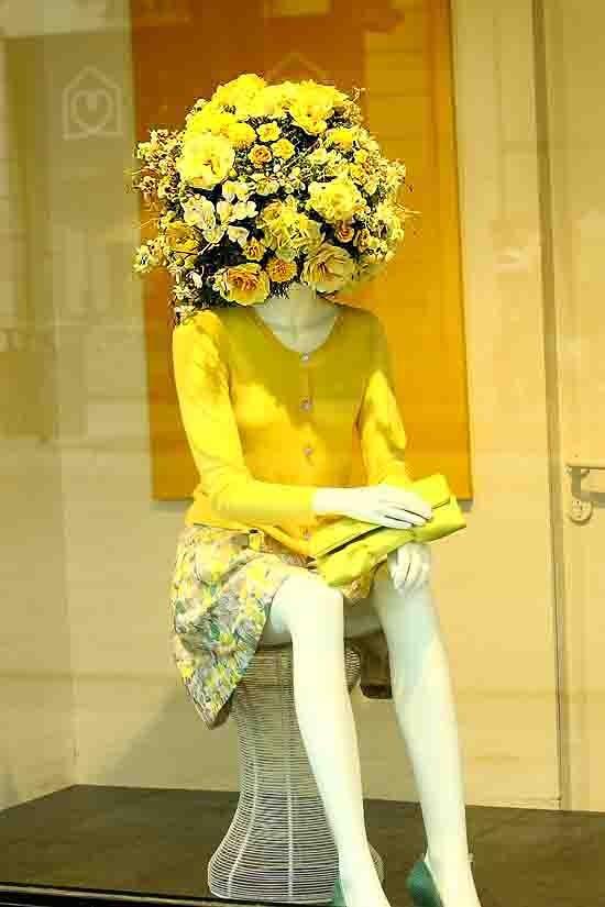 blog - 0312 - elle en jaune.jpg