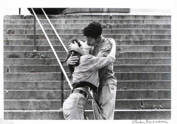 doisneau-robert-1912-1994-fran-le-baiser-2877813.jpg