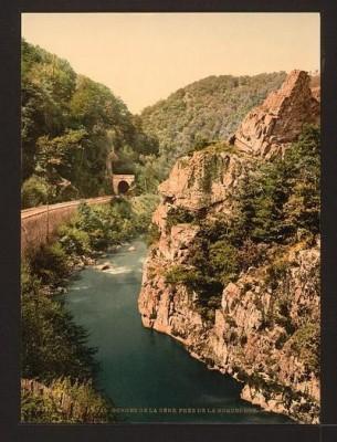 Cantal - les gorges de la Cère.jpg