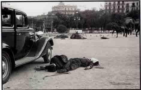 Ce,ntelles - Barcelone - morts place de Catalogne 19 juillet 1936.jpg
