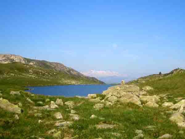 2422- le premier lac de rosari et la Maladeta.jpg