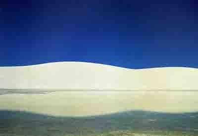 fontana -paysage au sable blanc 1983.jpg