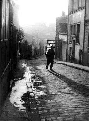 ronis - rue savart - 1948.jpg