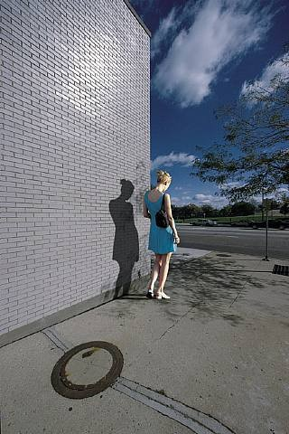 franco-fontana.fille bleue.jpg