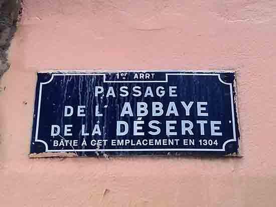 traboule_plaque_blog.jpg