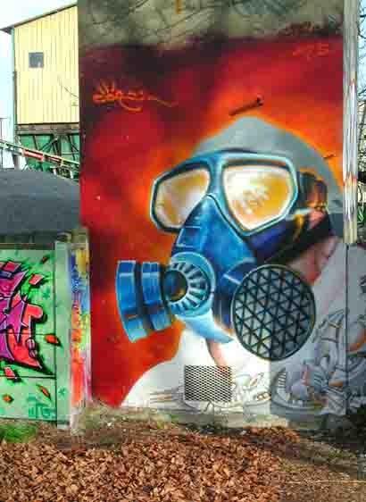 383-canal-masque à gaz.jpg